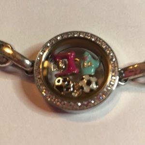 Origami Owl Bracelet with charms. Silvertone.